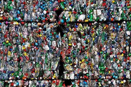La pollution plastique : une alerte climatique mais aussi de santé.