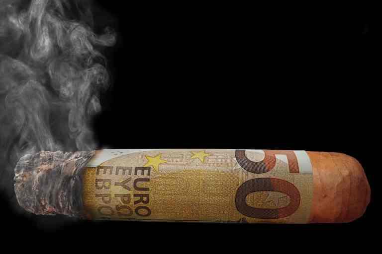 money 2846237 1280 2