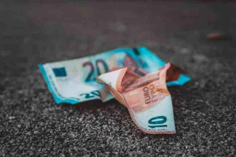 euro accartocciati scaled