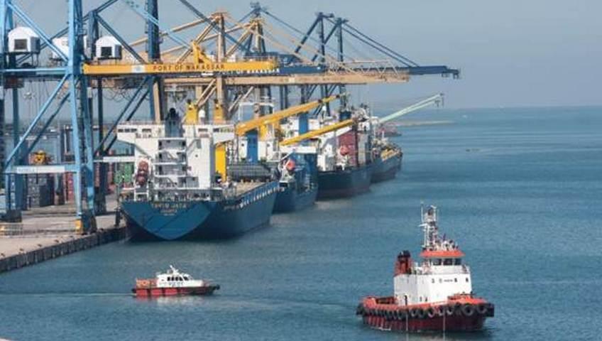 pelabuhan makassar sulawesi selatan