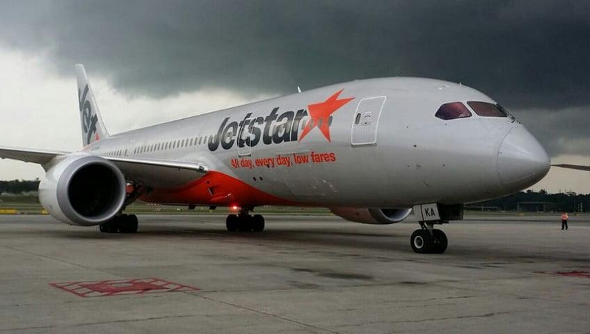 Bikin Ribut, Penumpang Jetstar Diturunkan Paksa di Bali