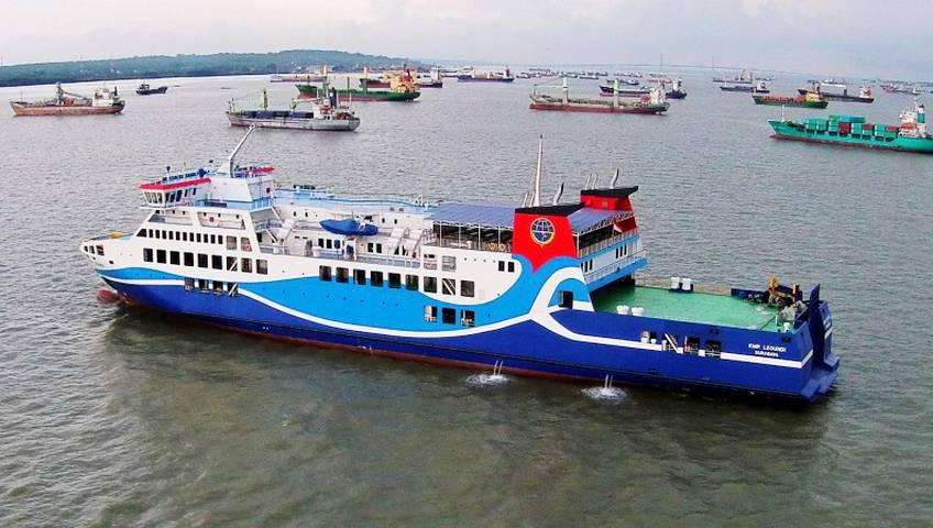 Libur Akhir Tahun, Pengguna Kapal Feri Surabaya-Lembar Capai 60 Persen