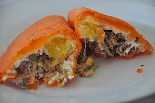 Batac & Pagudpud boasts the most delcious Empanadang Ilokos ever. Sorry Vigan