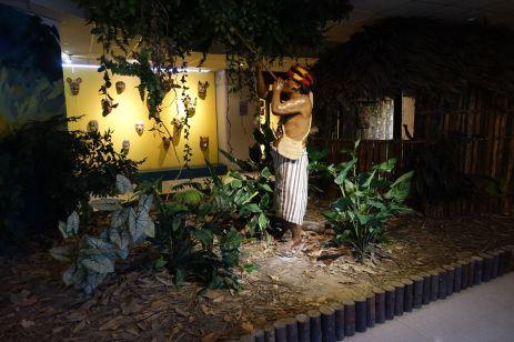 Dioramen im Museo del Banco Central 'Pumapungo'