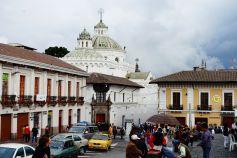 Iglesia de la Compañía de Jesús - innen wohl opulent goldbehangen, aber wir hatten grad keine Lust darauf.