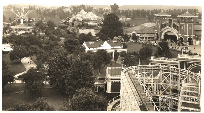 https://i1.wp.com/philadelphiaencyclopedia.org/wp-content/uploads/2013/06/Willow-Grove-Amusement-Park.jpg