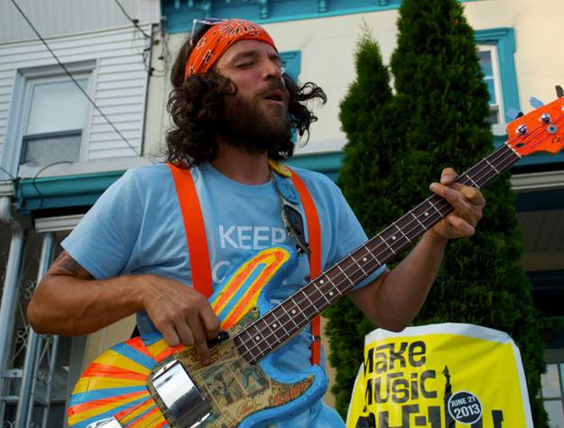 Musician at Make Music Philly