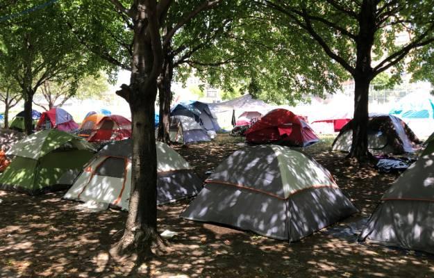 Parkway emcampment