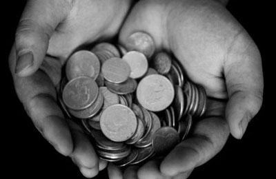 «Со стороны выглядит так, что благотворительности мало»