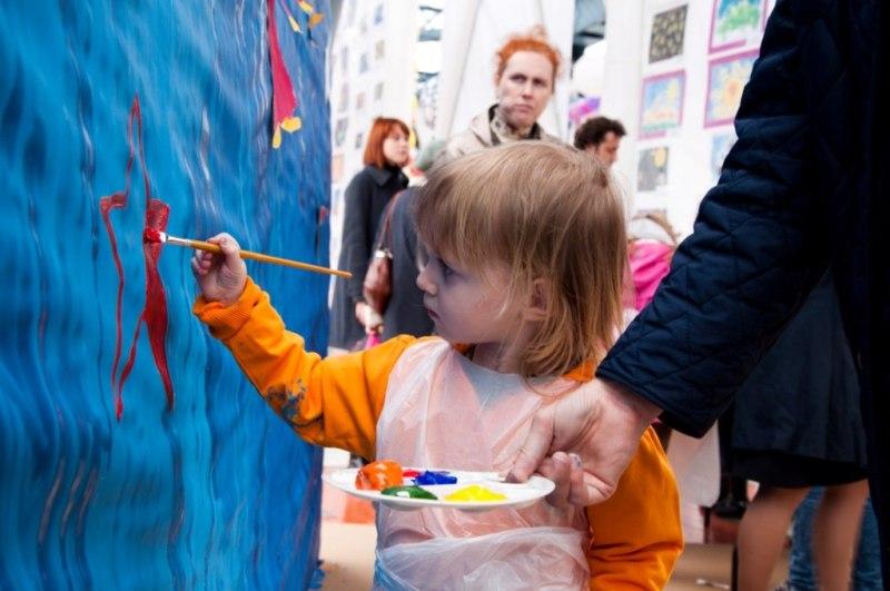 Международный благотворительный фестиваль детского творчества «Шедевры крошек или крошечные шедевры»