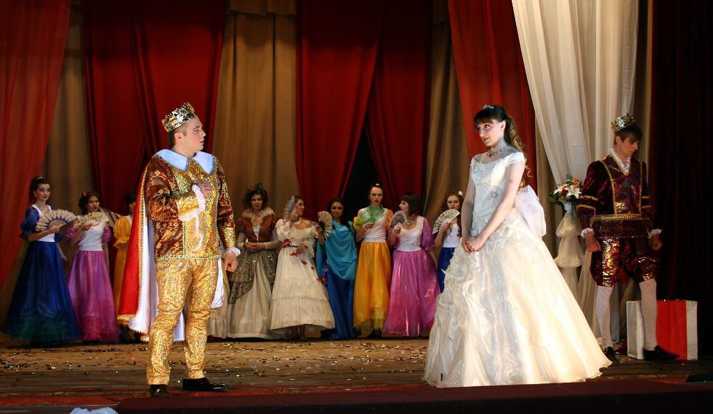 «И строить, и жить»: как песни и благотворительные шоу помогают малым территориям на Алтае