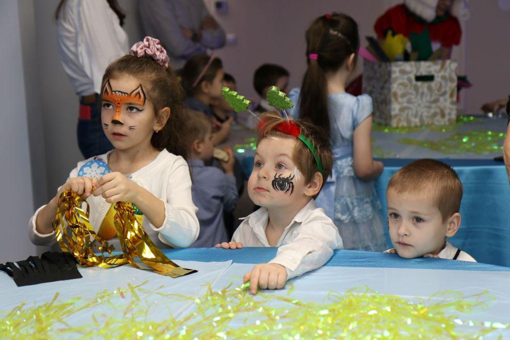 Компания «ЭГИС-РУС» организовала благотворительную новогоднюю елку для детей детского дома