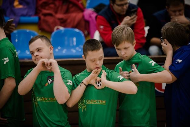 Впервые в России: в столице прошли Московские открытые соревнования по мини-футболу среди команд людей с синдромом Дауна