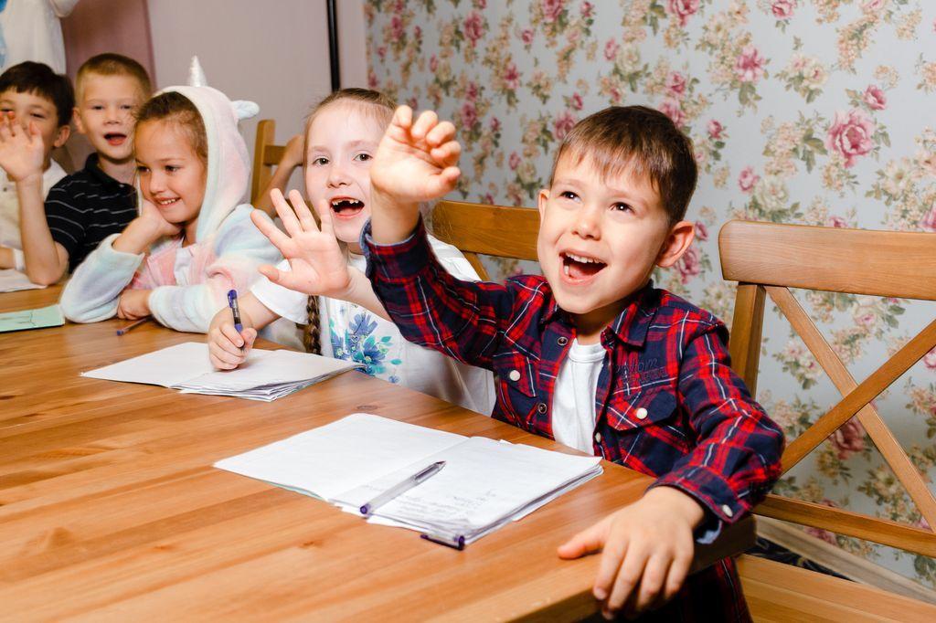 Праздник для малышей на английском языке «The Feast of Agnlian Literature»