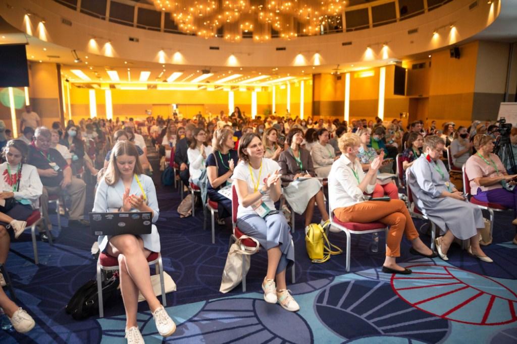 Новые люди, развитие и готовность учиться: главные выводы конференции «Белых ночей фандрайзинга»