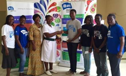 AFS Achimota gives to KBTH Children's Cancer Ward