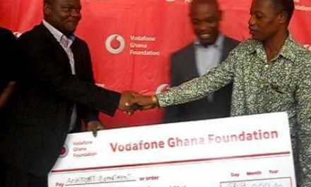 Vodafone gives Anatomy Department of Legon GHC99,000