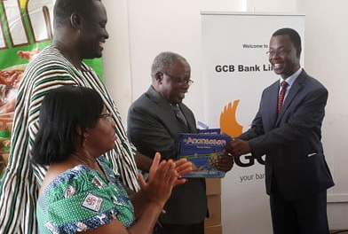 GCB Bank donates GHS40,000 worth of books to Ghana Library Authority