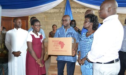 Marshallans of Accra East donate books to schools in Accra