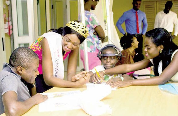 Miss Ghana Found. gives to FOCOS in support of teen