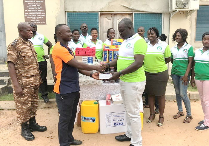 The Givers Club donates inmates of Osamkrom Prison