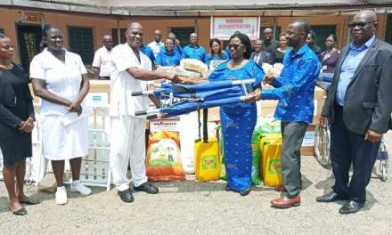 GIBA gives food and supplies to Accra Psychiatric Hospital