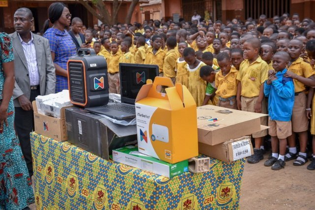 Hubtel gives ICT equipment and supplies to five schools