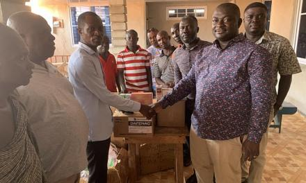 Kwahu Professionals donate GHC50k worth Medicines