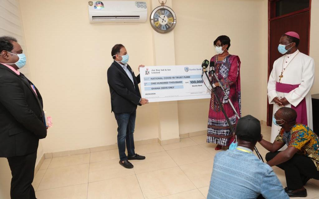Jay Kay gives GHS100k to COVID-19 Trust Fund