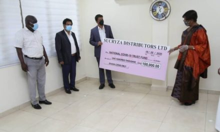 Sucryza Distributors give GHS100k to COVID Fund