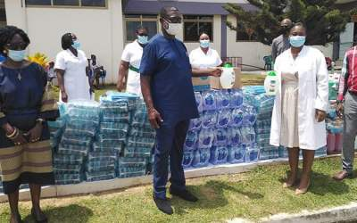 Ghana Golf Association assists Achimota Hospital
