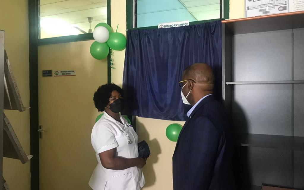 MDS-Lancet Laboratories furnishes resident doctors' room at Cape Coast Teaching Hospital