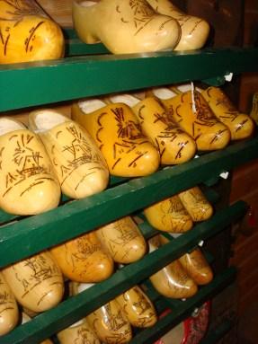 Decorative clogs