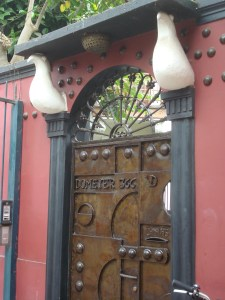 The artistic entrance in Barranco