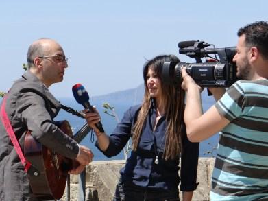Italian TV segment serenade