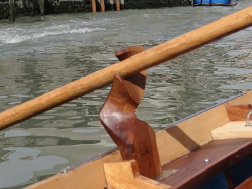 Row Venice oar