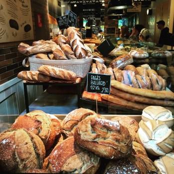 Praktik Bakery Hotel bread