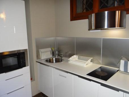 Airbnb Venice flat kitchen