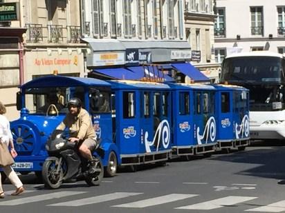 Paris tourist train