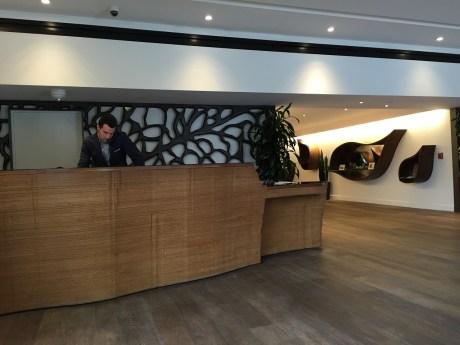 Hotel La Jolla front desk lobby