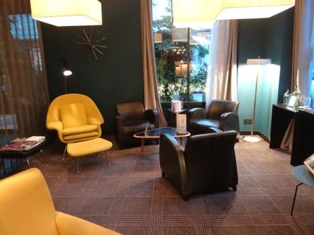 Platine Hotel Lobby
