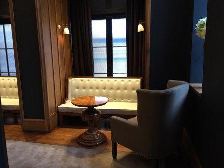Great Northern Hotel London lobby view