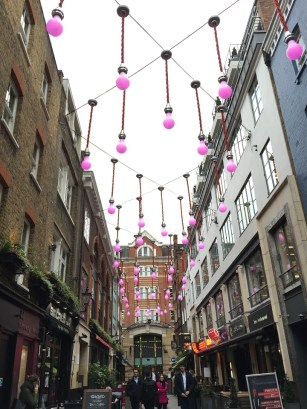 London Carnaby shopping