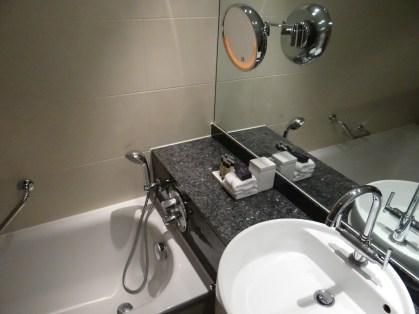 Bathtub at the Sofitel Heathrow Hotel