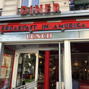 One of the American Diners in Paris - Breakfast in America in the 5th arr