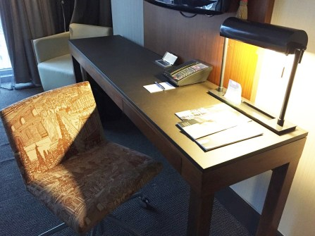 Kimpton Eventi Hotel NYC Desk