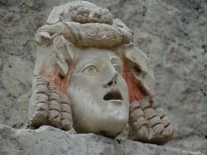 Herculaneum water fountain statue