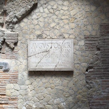 Herculaneum building materials