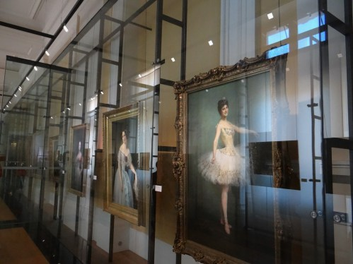 Paris Opera Tour portraits museum