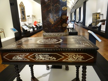 V&A Museum Furniture Table